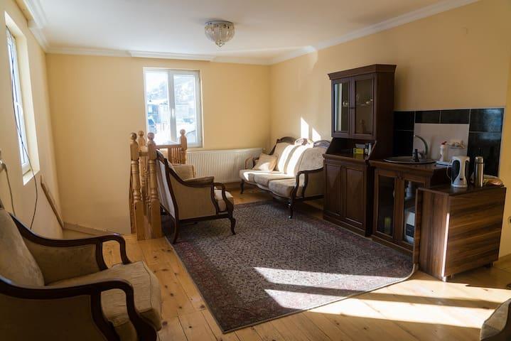 House Mon Amie (Room #1)