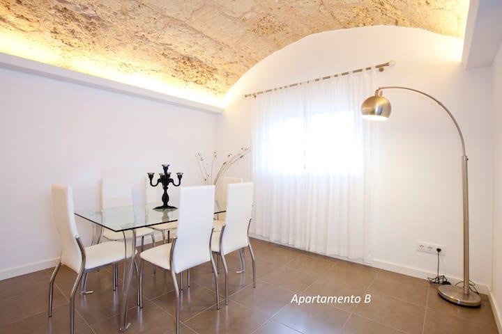 Apartamento con wifi gratis y AC, piscina en Villa