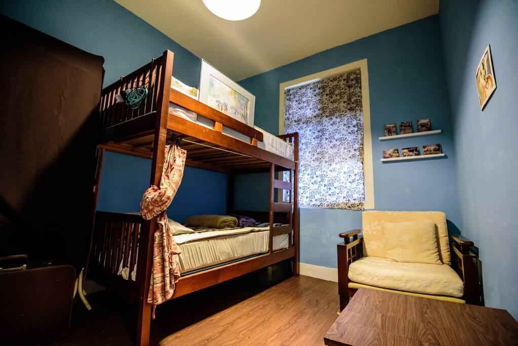 客房1--上下舖 Guest Room