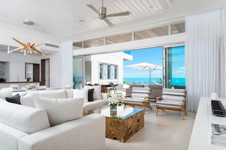 Wymara Luxury Oceanfront 5 Bedroom Villa + Den
