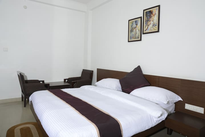 WELL FURNISHED INDEPENDENT APARTMENT TWO BED ROOM