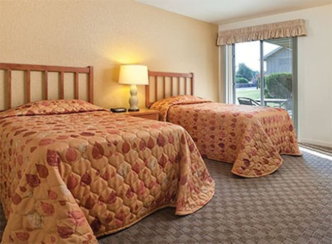 WorldMark Grand Lake, OK- Two Bedroom Twin Beds