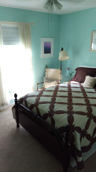 Private bedroom with heirloom Full sized bed