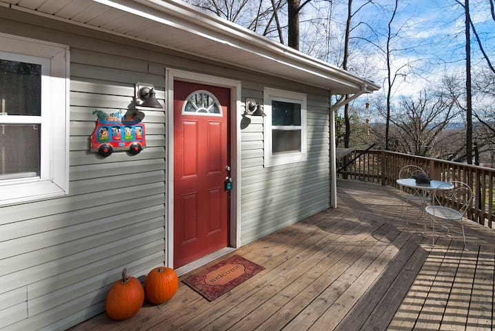 Cozy Mountainside Home - Chattanooga - Talo
