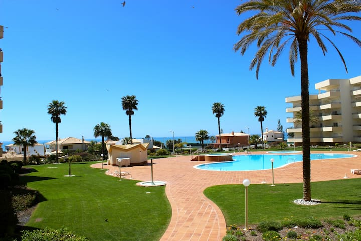 Albufeira Beach Apartment - Albufeira - Huoneisto