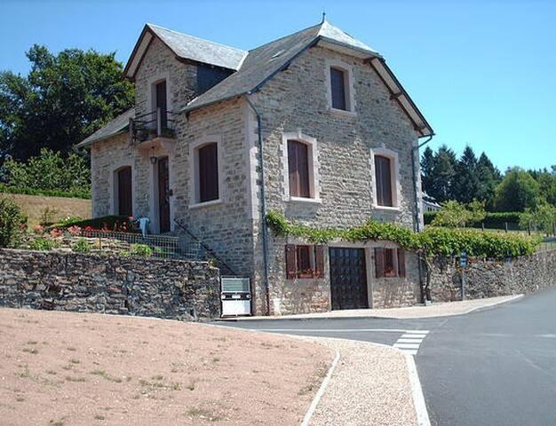 Maison à la campagne - Affieux - House
