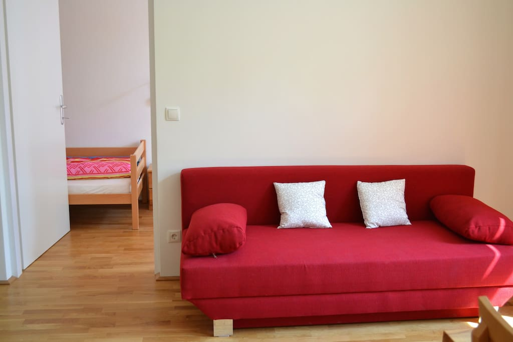 The sofa can be turned into a bed (140 cm) so that two children can comfortably sleep on it.