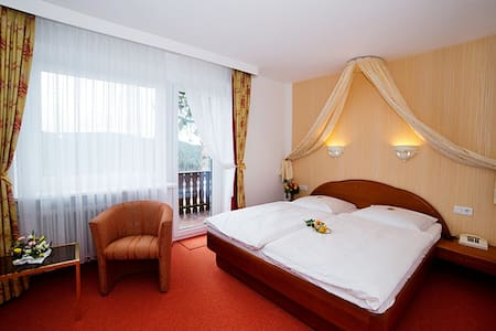 Romantisches Zimmer, Hotel *** - Feldberg