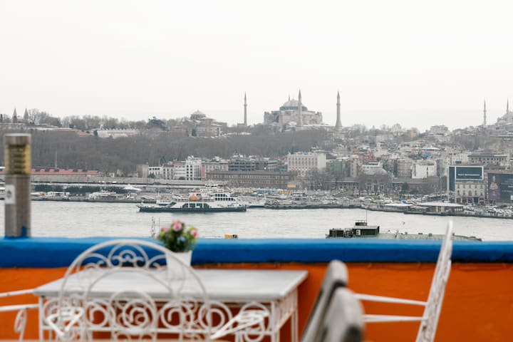 Rooftop Terrace with Bosporus View @Galata