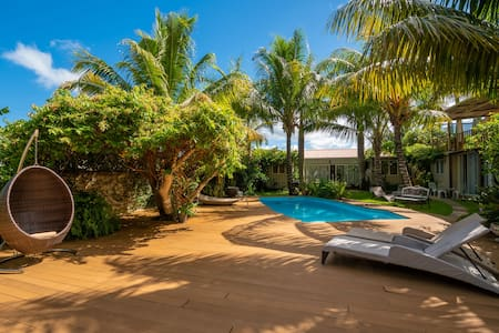 Pristine apt. ★ Garden, pool ★ Minutes to Le Morne