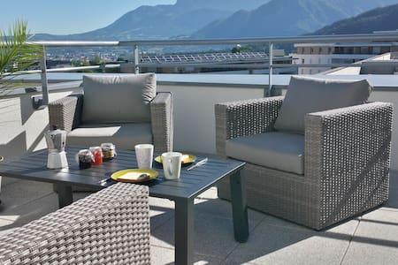 Appartement Rooftop avec vue sur les montagnes - Appartement