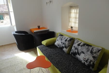 Apartment - Old Town Boskovic - Apartemen