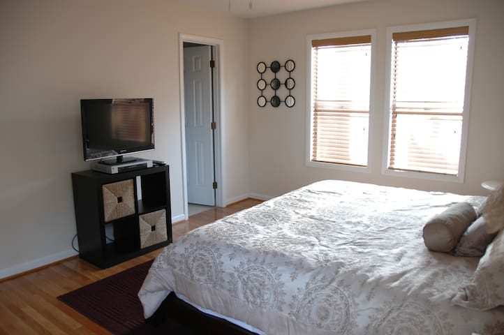 A cable HDTV is in the master bedroom and living room with WiFi throughout