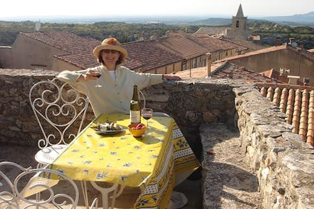 Romantic Apt in Charming Village-K - Venasque