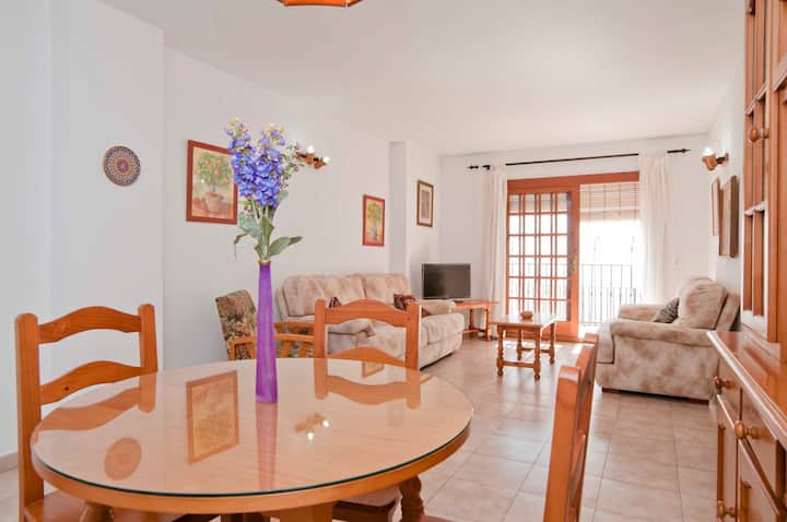 Cozy apartment in Mijas withbalcony