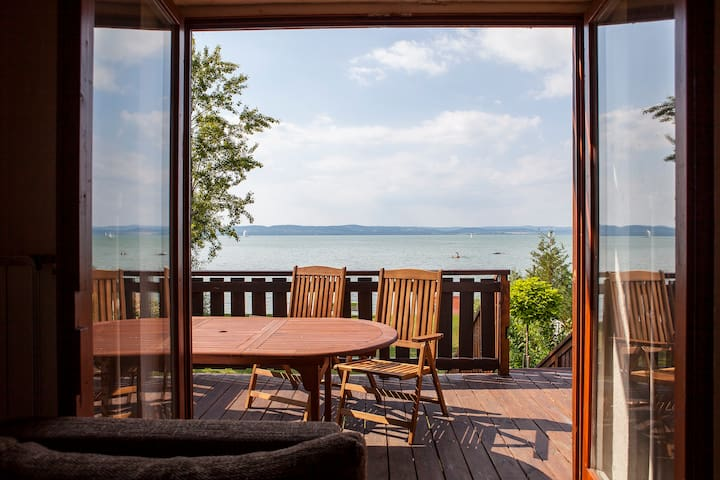 Apartment right on the beach - Balatonszárszó - Wohnung