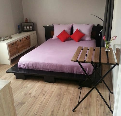 Chambre au calme à 10 minutes du centre-ville - Roquebrune-Cap-Martin - Appartement