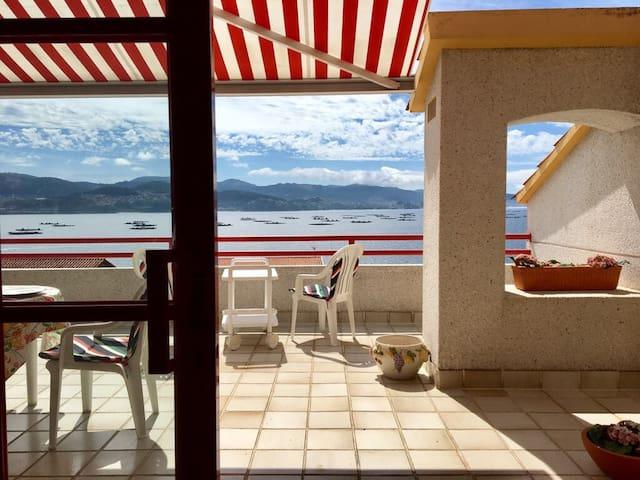 Pontevedra Rías Baixas seaside apartment, Samieira