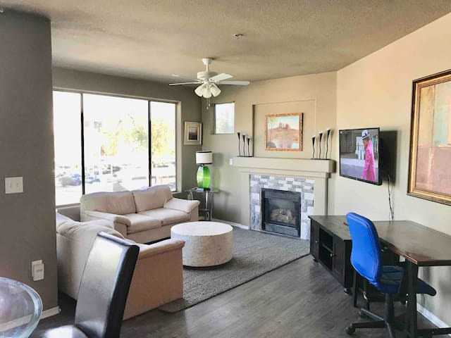 Convenient Modern Phoenix, Apartment, Comfy Beds