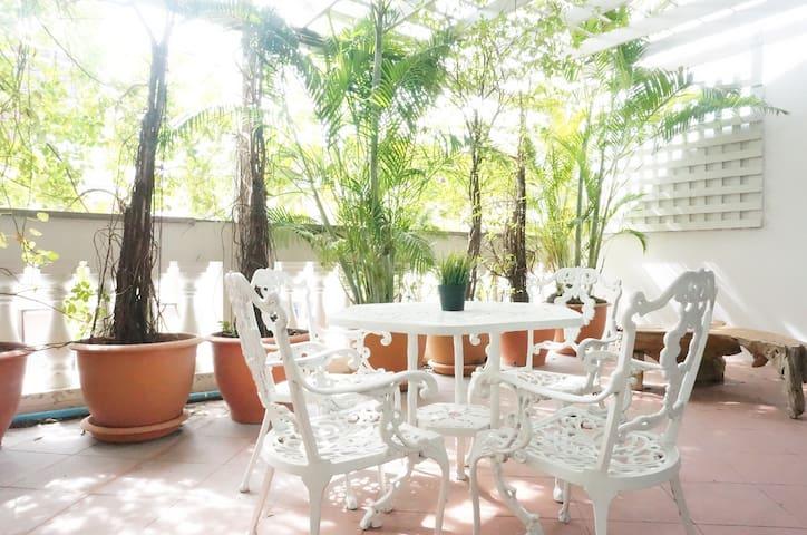 Elegant Spacious Villa 4BR, Satorn Center BK ★★★★★