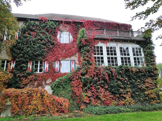 Burg Stavenow Ferienwohnung-Apartment
