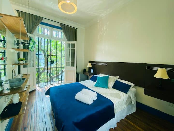 Habitación Matrimonial con balcón + Desayuno