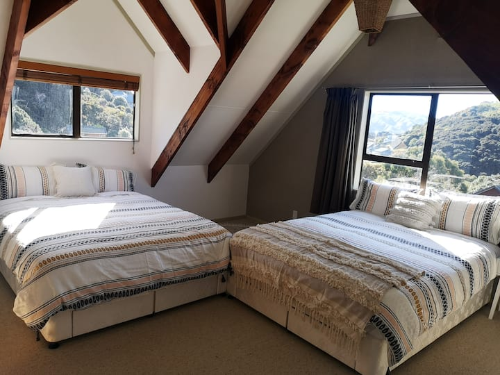 1 or 2 Private Bedrooms in a  Whitby shared house.