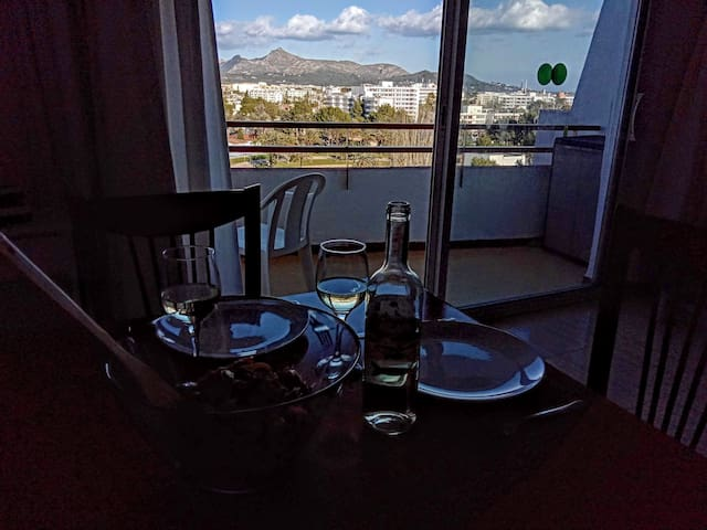 Lunch with Views :)