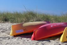 The discount card gives you discounts on kayak & paddle boards rentals at several local rental companies.