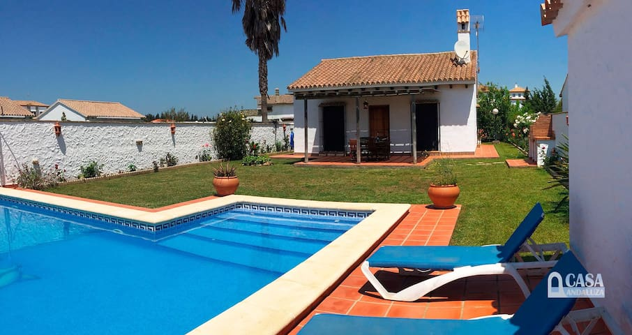 Country house with swimming pool, sleeps 4 - Conil de la Frontera - House