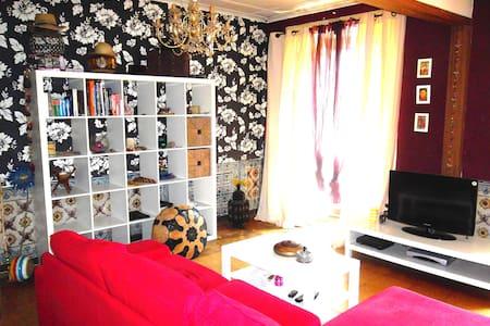 CENTRAL LISBON DOUBLE/COUPLE BED