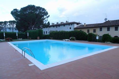 SPLENDIDO APPARTAMENTO FIRENZE - Leccio - Apartemen