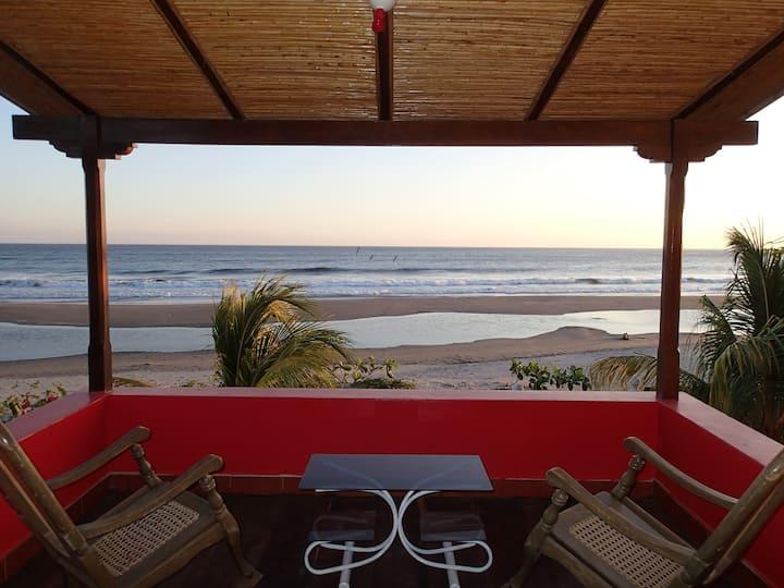 Casa Brisas de Popoyo / Maison de plage