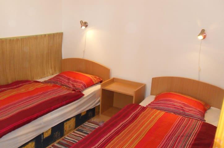 Jókai háló 2. külön ágy