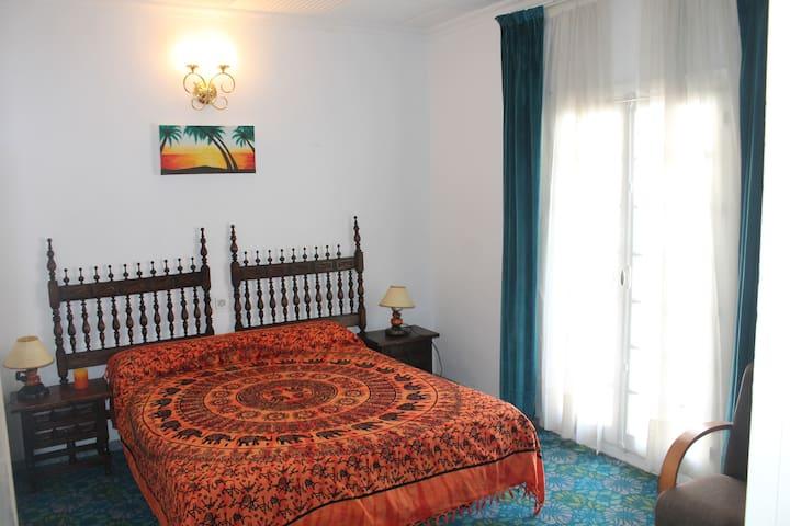 Room in Traditional Spanish House - Alcaucin - House