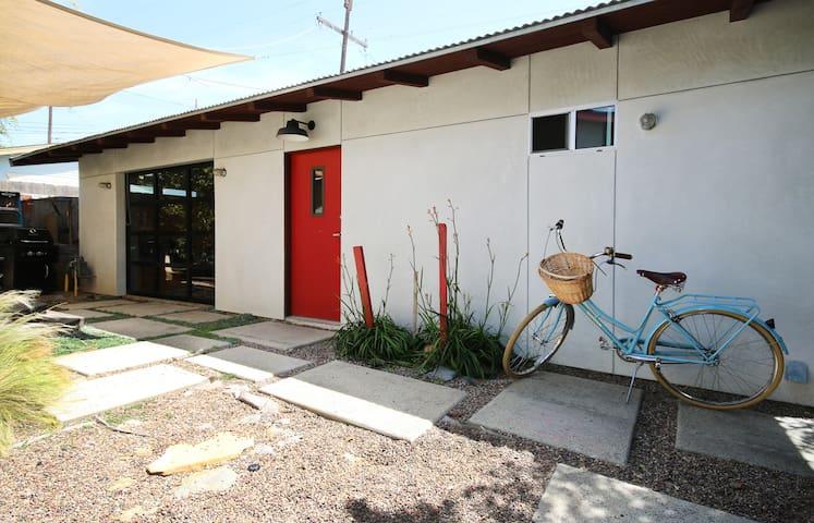 Modern Spacious Yoga Studio! - San Diego - Ev