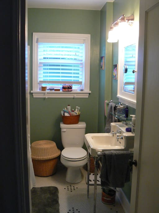 Bathroom, original 1929 tile, sink and tub.