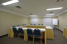Sala de eventos de uso comum mediante reserva