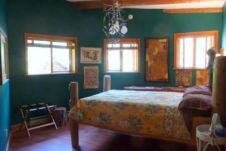 the studio b&b - Hornby Island - Bed & Breakfast