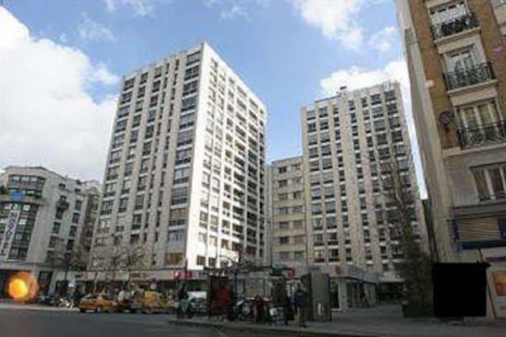 Immeuble où est situé l'appartement au 5 étage