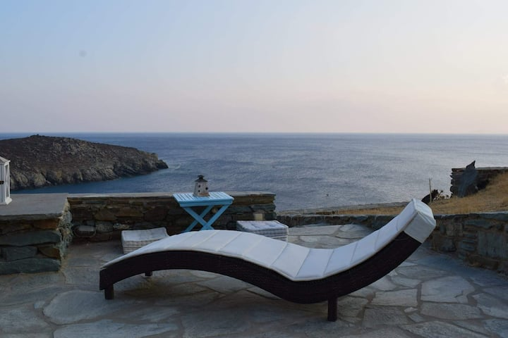 Seas the Day villa in Tinos island, Greece
