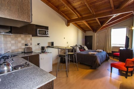 Studio Lake View