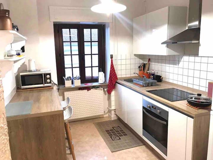 Appartement de caractère 100m² maison individuelle
