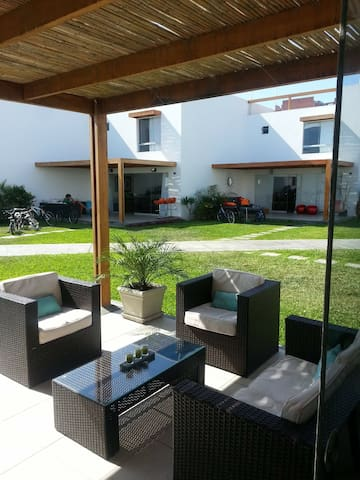 Alquilo casa de playa Condominio Asia Azul km 107
