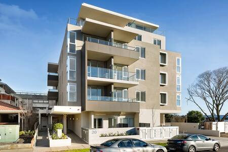 Poplar Sanctuary 204 (1B) - Apartment