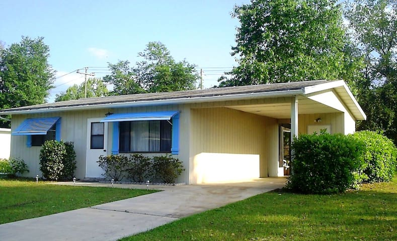 Cozy Affordable Home on 55+ Community - Ocala - Casa
