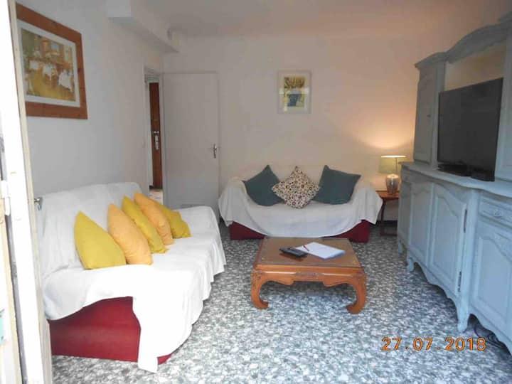 Three bedroom house on quiet cul de sac