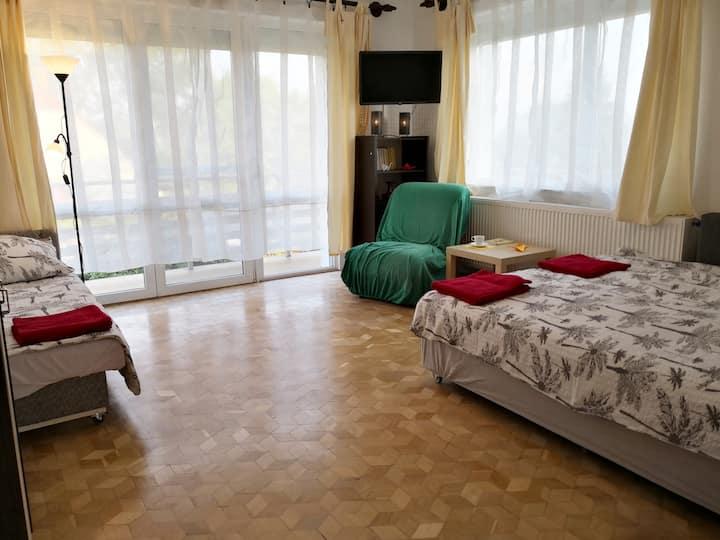 Hikari Apartman Emelet - a strandok közelében