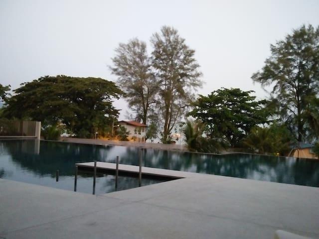By The Sea Luxury Condo @ Batu Ferringhi, Penang - Batu Feringghi - Wohnung