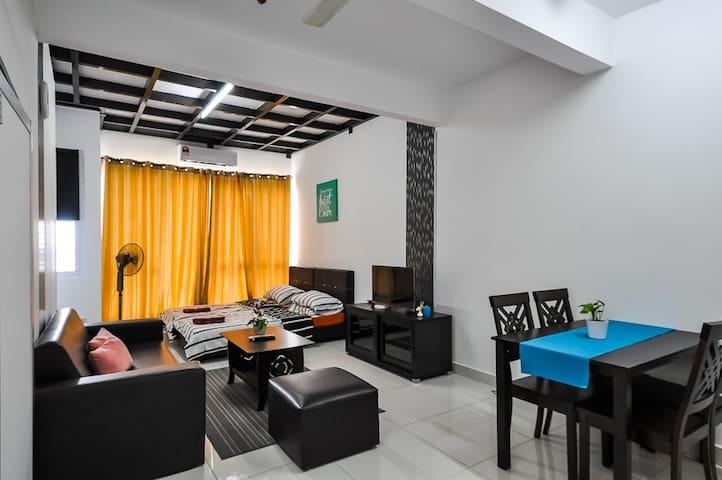 GK Studio Homestay @De Centrum Bangi FREE Wifi - Kajang - Flat